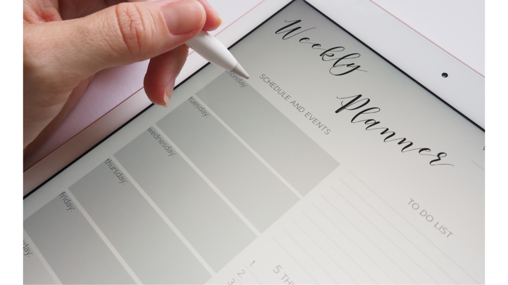 creating a schedule, weekly planner